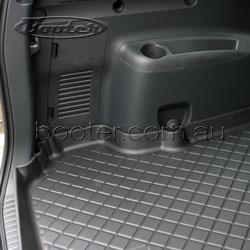 TOYOTA RAV4 boot liner