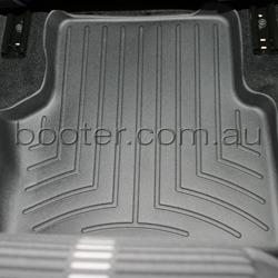 VW Tiguan Custom-Fit 2nd Row Floor Mat (441522RT2S)