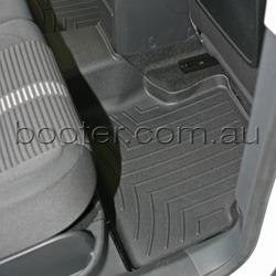 VW Tiguan Custom-Fit 2nd Row Floor Mat (441522RSS)